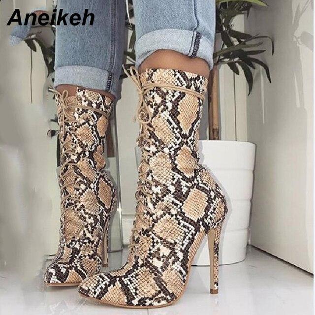 Aneikeh Chelsea Çizmeler Bahar Yeni Kadın Yılan Cilt Sivri Burun Orta buzağı Fermuar Yan Stiletto Topuk Seksi kısa çizmeler Bayan bootie