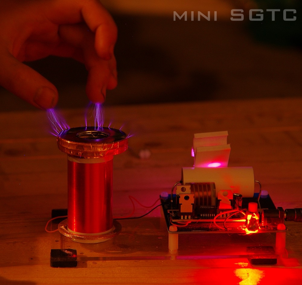 mini SGTC Spark gap Tesla Coil amazing flashing Generator DIY KITS Electronic diy micro mini tesla coil with a beautiful head diy kits for kids diy toys