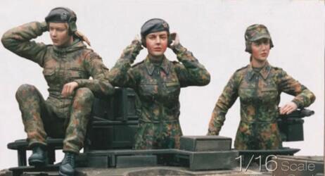1/16 Resin Kits German Panzerkampfwagen V Panther Women Crew 3pcs/set (no tank)1/16 Resin Kits German Panzerkampfwagen V Panther Women Crew 3pcs/set (no tank)