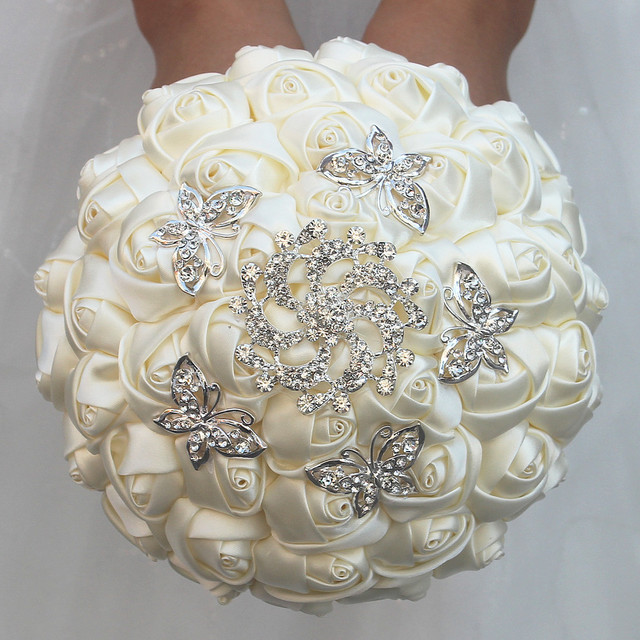 Ivory Marfim Satin Roses Flowers Wedding Bouquet ramos de novia