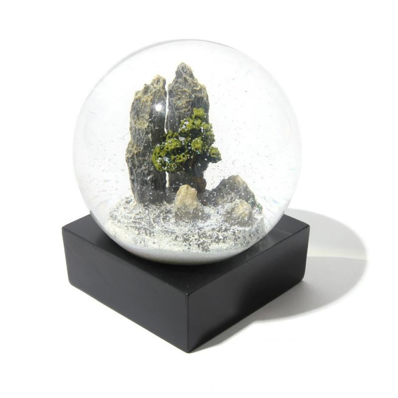 Crystal Ball Wedding Gift High-grade Decoration Birthday Gift Thorny Pinus Glass Ball Snow Globe Ball Home Decor