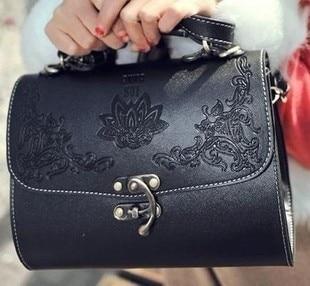 Сумки Chanel Шанель красного цвета, цена 5 500 руб