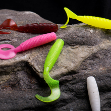 14pcs fishing Lures soft bait 55mm 2.1g lure with high percent salt smell