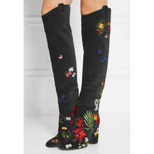 Ethnic Embroidery Flowers Women Ankle Boots Velvet Botas Plus Size Shoes Women's Chunky Heels Suede Boots Retro Floral Bohemina