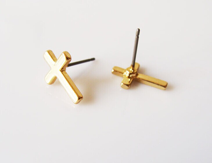 2 Pairs Anese Korean Style Luxury Small Cross Earrings C58 Gold Silver For Women Men Jewely In Stud From Jewelry Accessories On