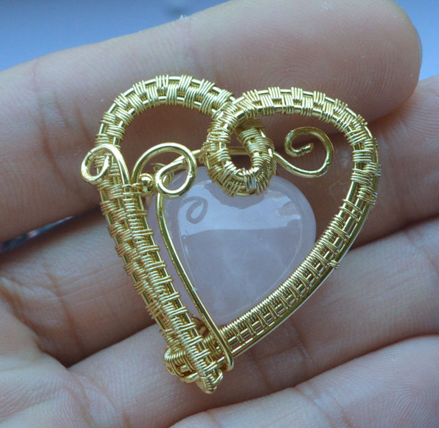 YA2013 Rose Pink Quartz Heart Handmade Wire Wrapped Pendant 40x35mm ...