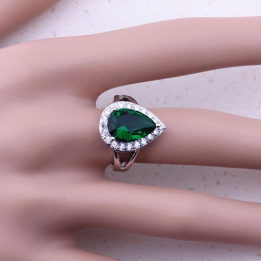 Viihdyttävä vihreä luoma smaragdi valkoinen CZ 925 hopea - Muotikorut - Valokuva 2
