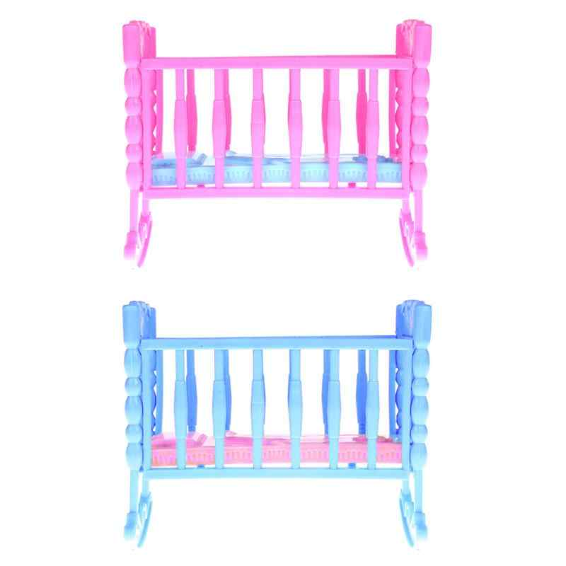 1Pcs Mini Dollhouse Accessories Doll's Crib Bed Fun Baby Girls Pretend Play Toy Furniture Crib Rocking Cradle Bed Random Color