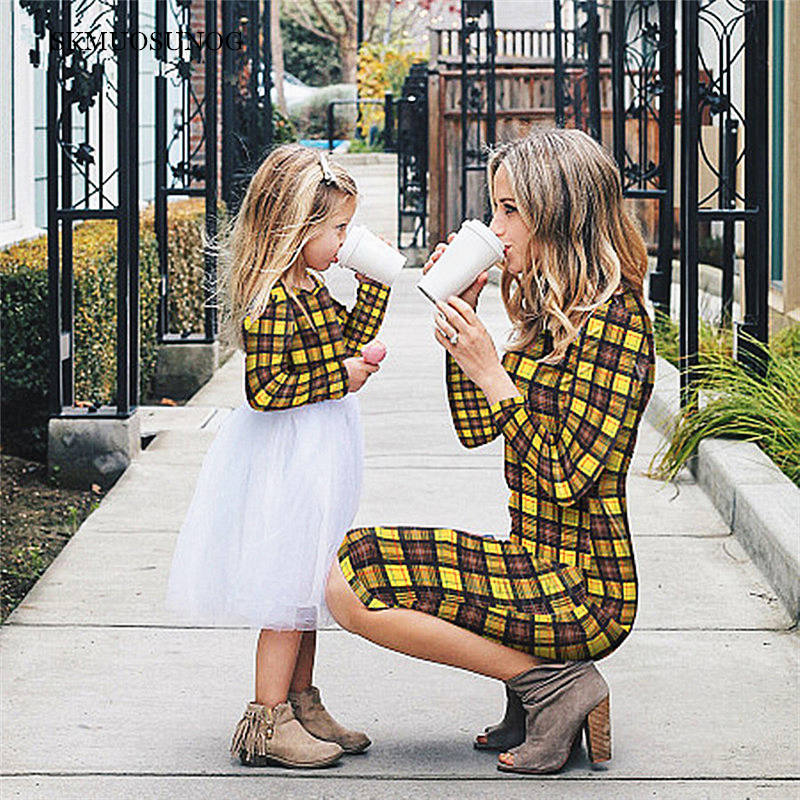 Mother Daughter Fashion Dresses Spring Spring 2019 Matching Outfits Moms And Girls Clothes Long Sleeve Plaid Family Dress C0263 in Matching Family Outfits from Mother Kids