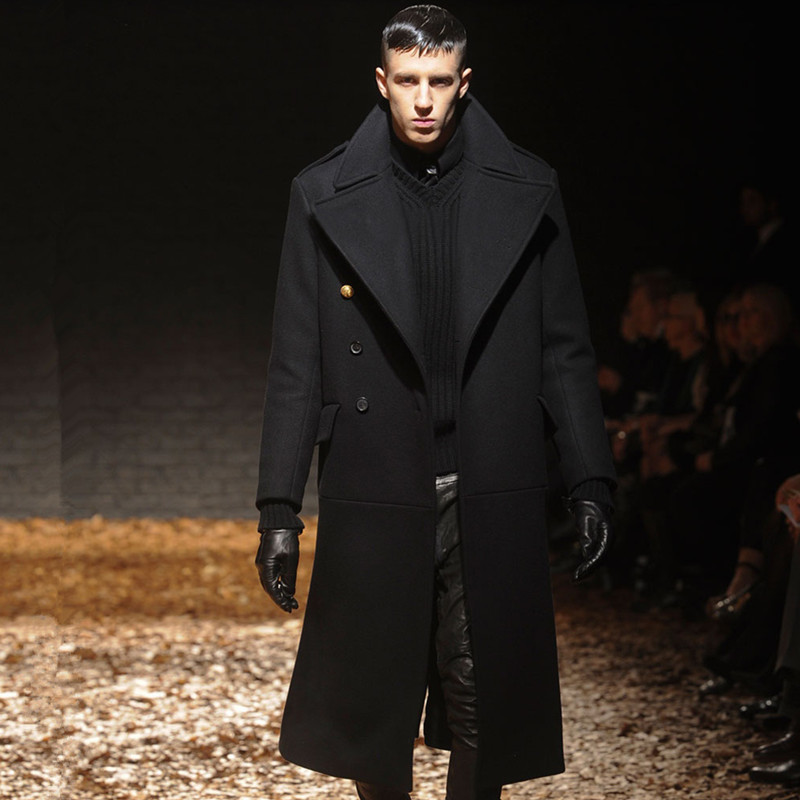 A coat is a garment worn by either sex, for warmth or hereaupy06.gq typically have long sleeves and are open down the front, closing by means of buttons, zippers, hook-and-loop fasteners, toggles, a belt, or a combination of some of hereaupy06.gq possible features include collars, shoulder straps and hoods.