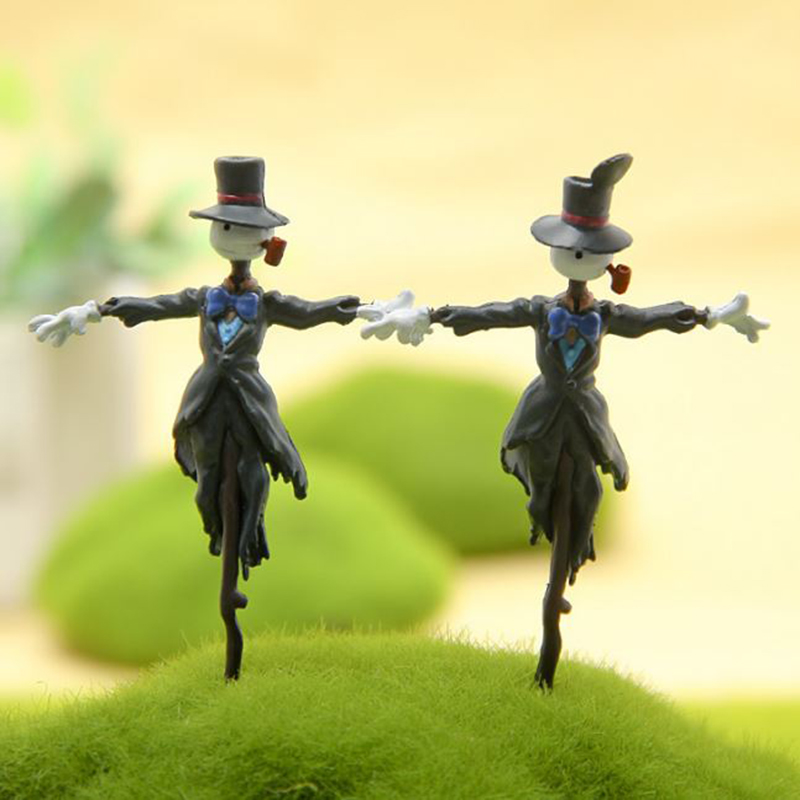 1 Pc Mini Howl's Moving Castle scarecrow Comic Character Figure Toy DIY Model Hayao Miyazaki Anime Action Figure Garden Ornament image
