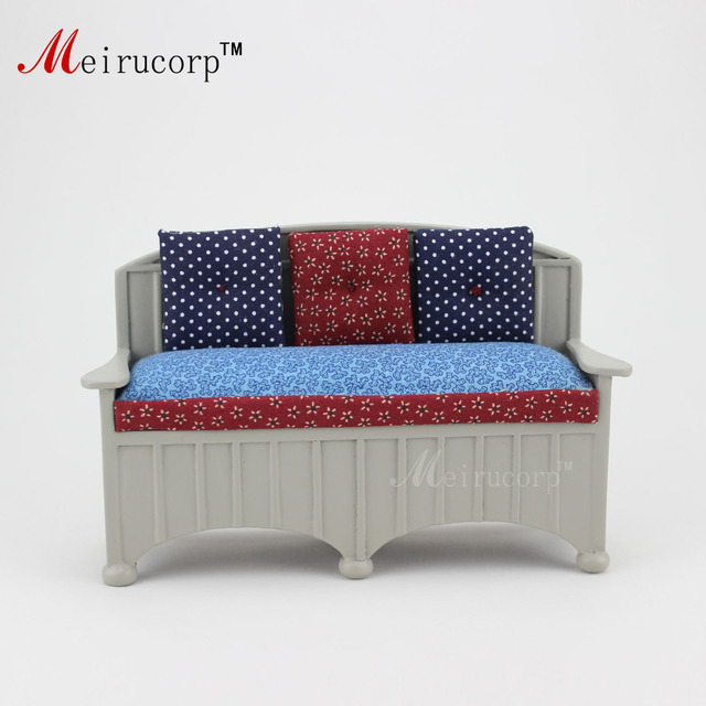 Doll House 1:12 Scale Miniature Furniture Handmade Elegant Fabric Sofa 10520