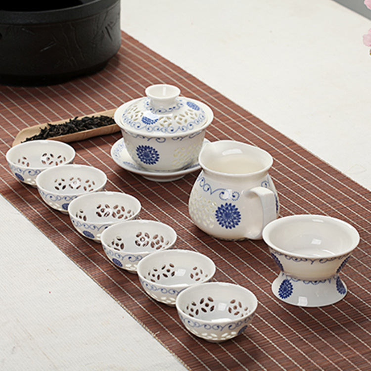 Blue-and-white Exquisite Ceramic Teapot Kettles Tea Cup Porcelain Chinese Kung Fu Tea Set Drinkware