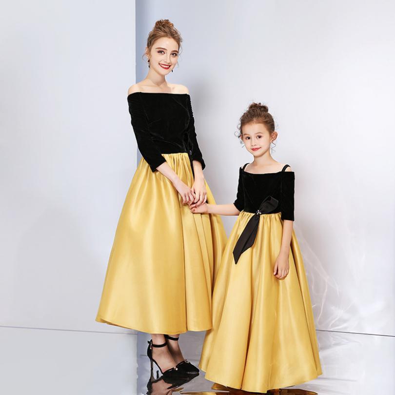 Mère bébé fille épaule dénudée robe de mariée cristal fleurs de soie conception maman et filles vêtements or Eleghant robe de soirée Y739