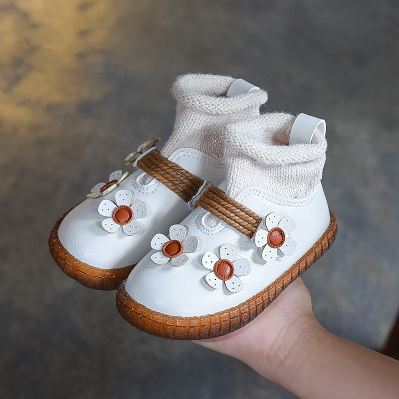 Winter Children Fashion Boots Cute Girls Soft Bottom Baby Boots Princess Warm Cotton ShoesWinter Children Fashion Boots Cute Girls Soft Bottom Baby Boots Princess Warm Cotton Shoes