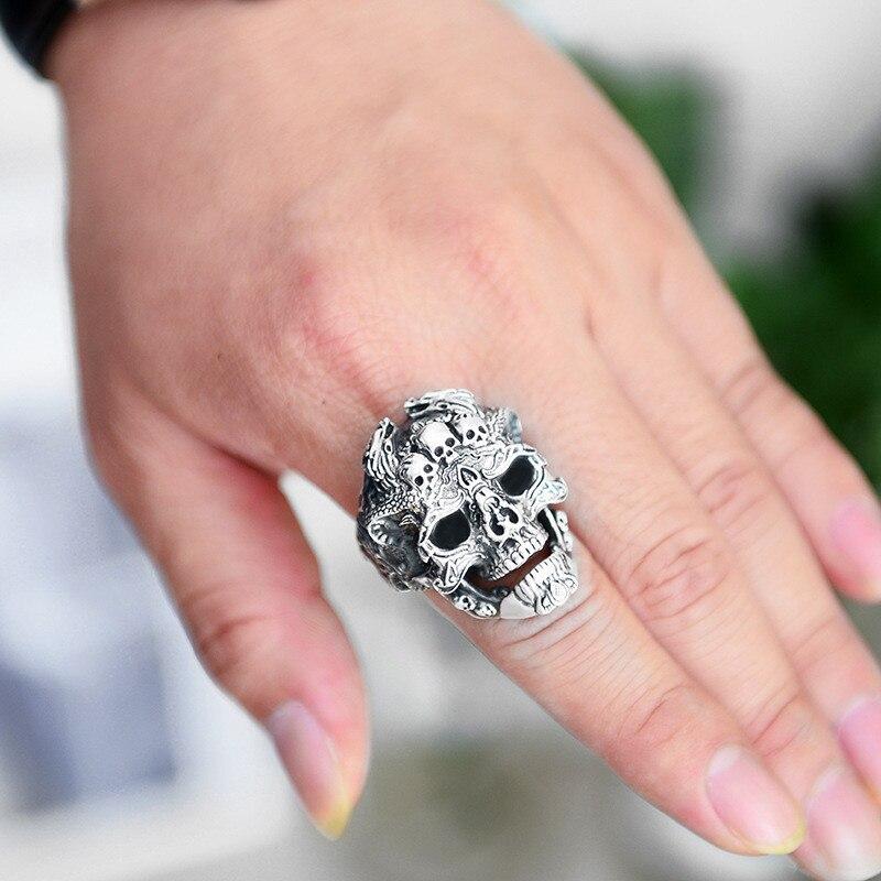 skull ring (2)