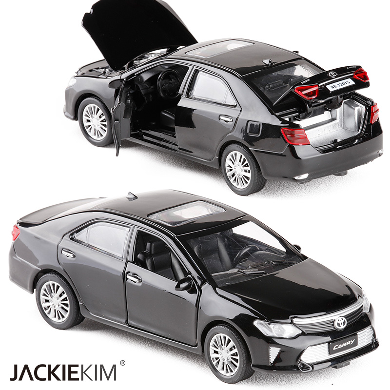 New 1:32 Scale TOYOTA CAMRY Metal Alloy Diecast Car Model