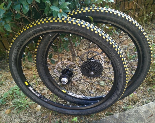 56813782c0f Kalosse DH/FR/AM Aluminum alloy wheels 20MM Downhill mountain bike wheels  ,7/8/9/10S cassette , 26*2.35tires 26er -in Bicycle Wheel from Sports ...