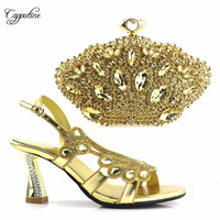Amazing design gold shoes and handbag set with shinning stones fashion sandals with purse for evening party T0888