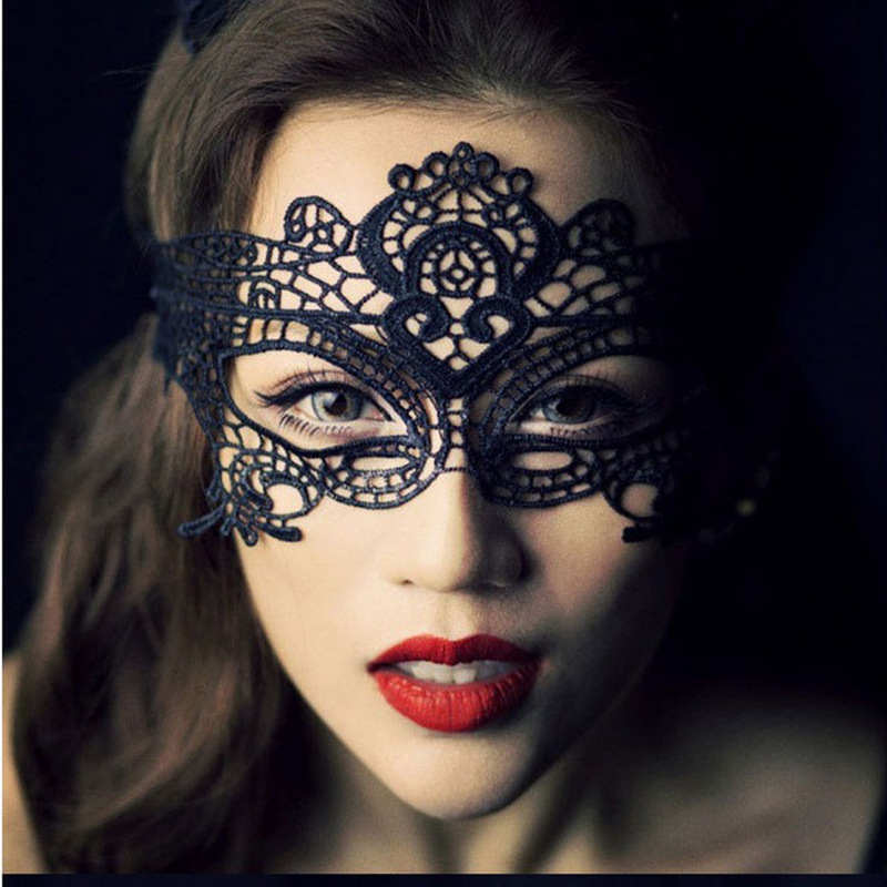 New Sexy Exotic Apparel Women Hollow Mask Fun Play Accessories Party Masks Sexy Black Lace Goggles Nightclub Queen Mask