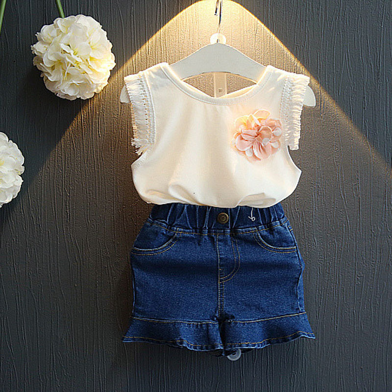 Brand Girls Clothing Sets For Kids Clothing 2017 New Summer Style With Flowers T-shirt+Fashion Denim Skirt Pants Baby Outfits