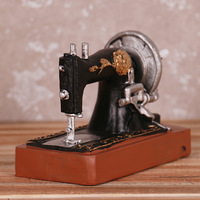 Decoration Craft Hotel Bar Decoration Accessories Old Do Dirty Retro Sewing Machine Resin Ornaments Furniture