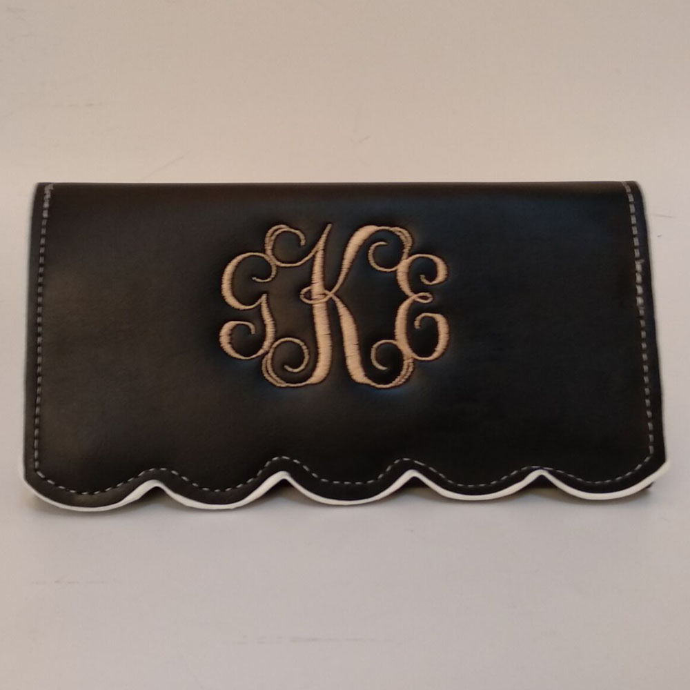 Personalized Faux Leather Scalloped Wallets Perfect Quality Ladies Wallet Bridesmaid Birthday Gift in 7 Colors