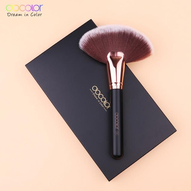 Docolor 1PCS Soft Makeup Large Fan Brush Foundation Blush Blusher Powder Highlighter Brush Powder brushes Cosmetic Brushes 5