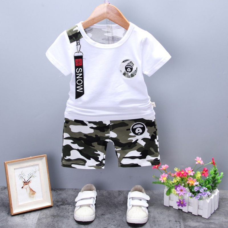 2019 new summer 1 4 years old cotton short sleeved camouflage shorts two piece baby children suit trend in Clothing Sets from Mother Kids
