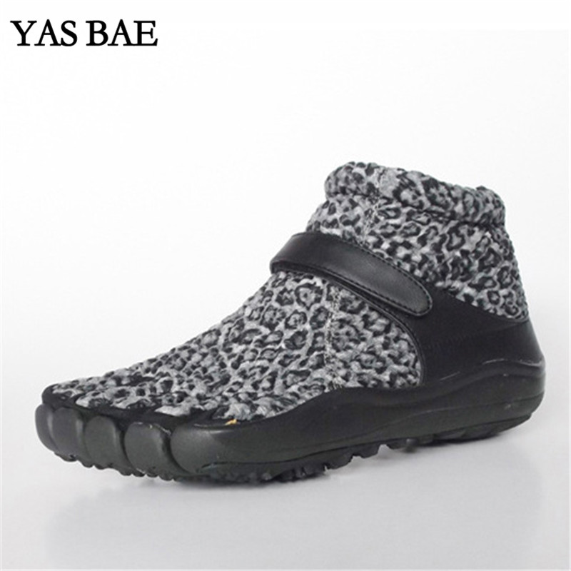 купить Yas Bae Design Rubber with Five Fingers Outdoor Slip Resistant Breathable Autumn Winter Mountaineer High Speckle Shoes for Men дешево
