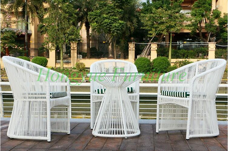 Aliexpress.com : Buy Outdoor Garden High Quality White Rattan Table Chair  4+1 Set Furniture From Reliable Furniture Outdoor Furniture Suppliers On  Hongyue ...