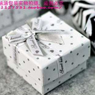 wholesale6pcs/Lot  5*5*3.5Cm Spotted Bow Square Jewelry Gift Packaging Box Small free shipping