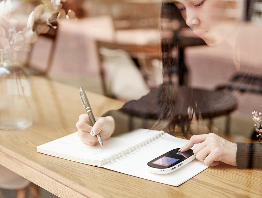 Portable Smart Voice Translator Real Time Multi-Language Translation For Learning Travelling Business multilingual interpreter (14)