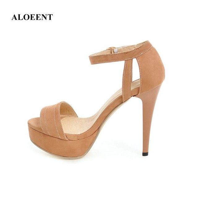 Femelle d'été nouvelles sandales à bout ouvert femelle étanche plate-forme avec fine fine avec la taille de sauvage taille chaussures