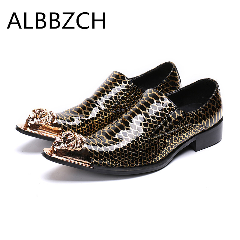 Luxury metal lion pointed toe printing leather men shoes casual fashion loafers slip on party shoes nightclub bars career shoesLuxury metal lion pointed toe printing leather men shoes casual fashion loafers slip on party shoes nightclub bars career shoes
