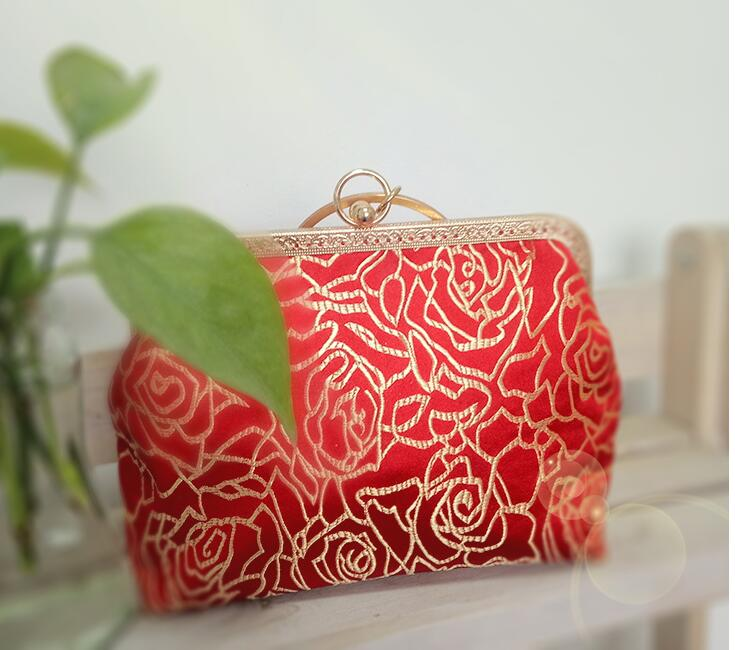 Angelatracy 2018 Red Rose Clutch Women Evening Wrestles Floral Women Evening Bag Ladies Golden Handbag Diamond Flowers Exquisite in Top Handle Bags from Luggage Bags
