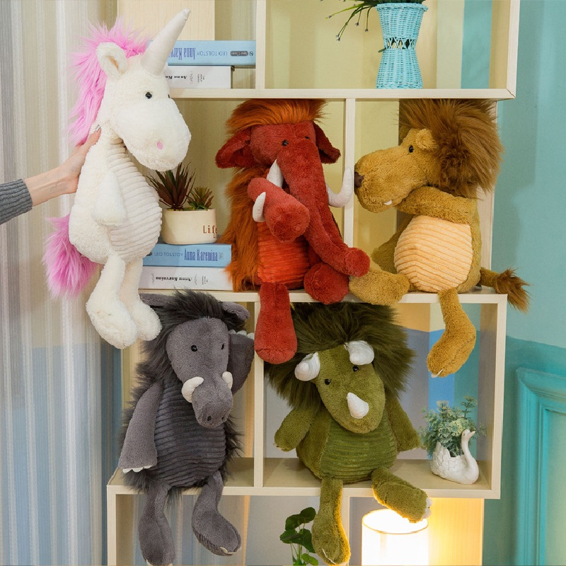 f722f53758 Os Animais bonitos do Elefante Leão Unicórnio Crocodilo Dinossauro Stuffed  Plush Dolls Crianças Nórdicos Almofada Travesseiro Foto Adereços Decoração  do ...