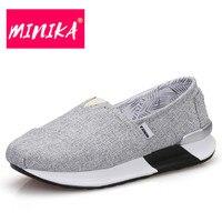 Minik amoccasin المتسكعون للنساء تصميم جديدة الفم الضحلة أحذية الانزلاق على عارضة المرأة فقدان الوزن الأحذية المسطحة المريحة المرأة
