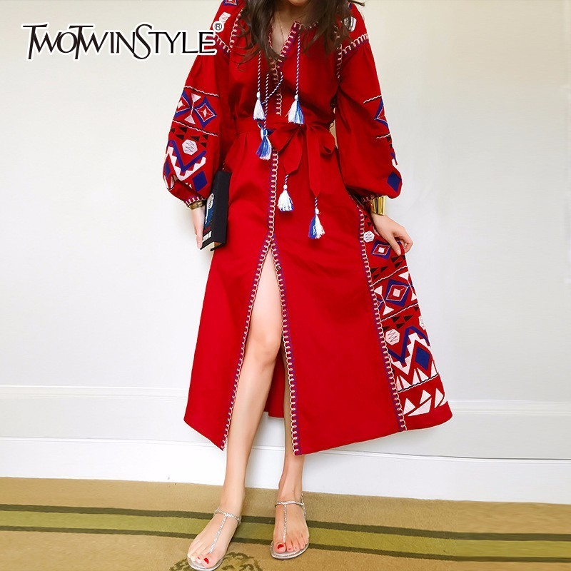 TWOTWINSTYLE Embroidery Dress Female V Neck Lantern Sleeve Print Belt Tassel High Waist Split Long Holiday Dresses 2018 Summer
