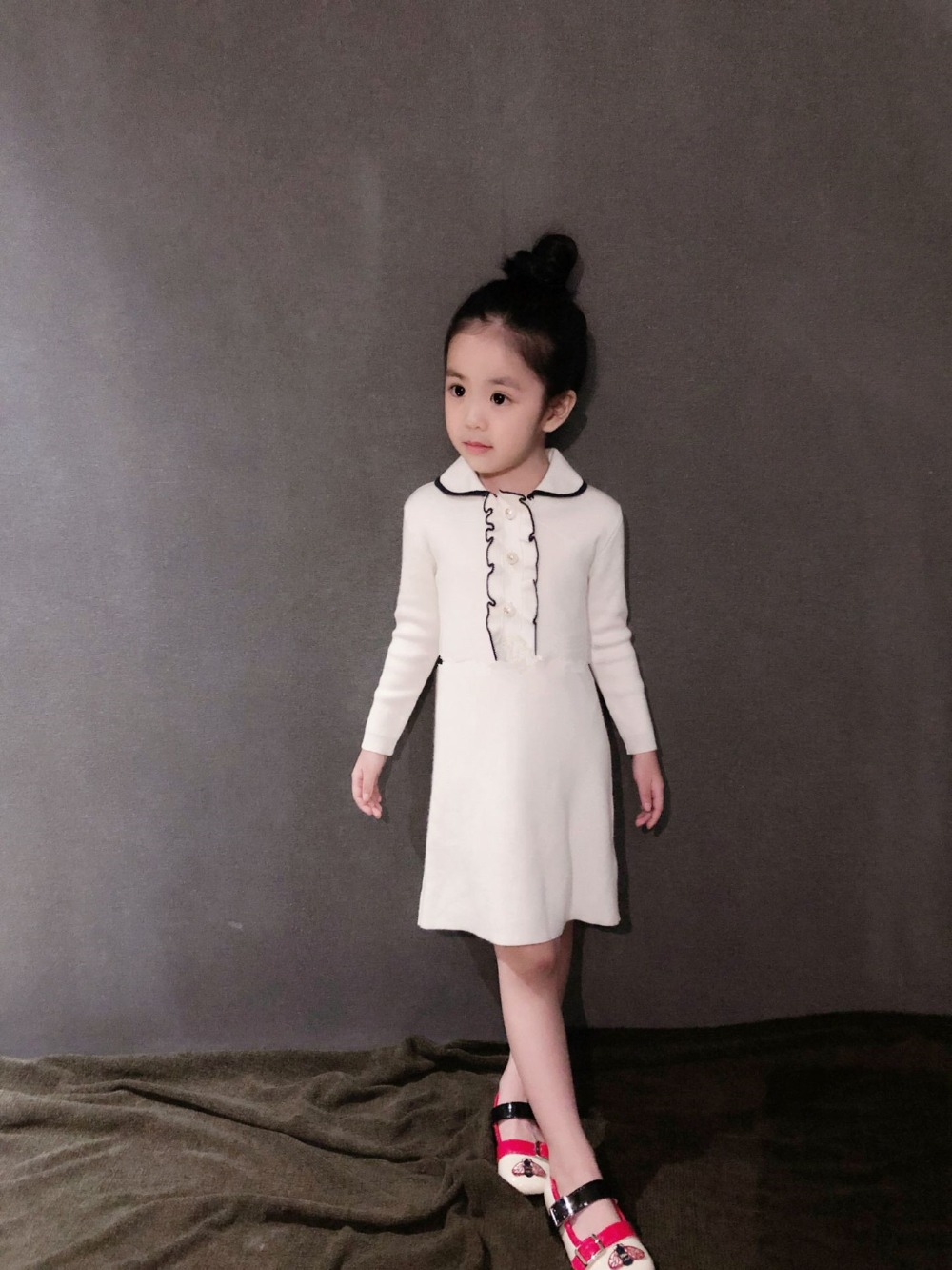 купить Girls long sleeve wool dress 50% merino wool girls princess dress girls costume по цене 3504.93 рублей