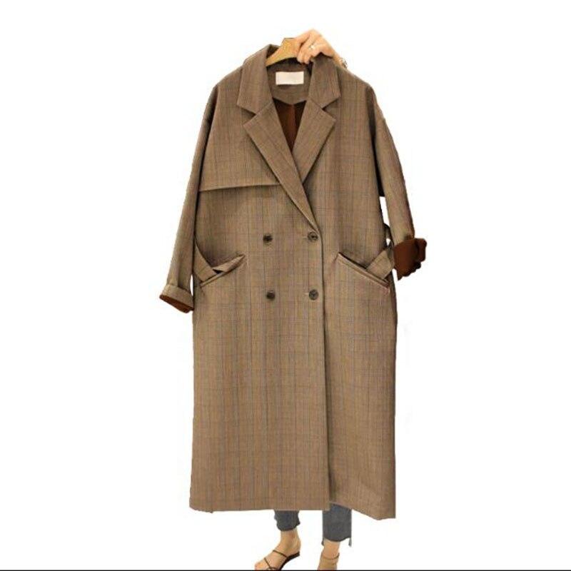 2017 Осень Обувь для девочек Длинная ветровка пальто новый двубортный колена тонкий ремешок женские пальто в клетку