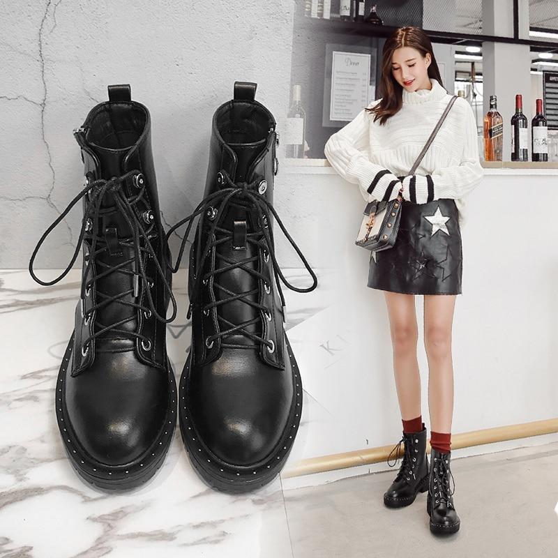 2018 nouveau rivet bottes courtes tube court avec Martin bottes femme britannique vent étudiant moto bottes femmes.