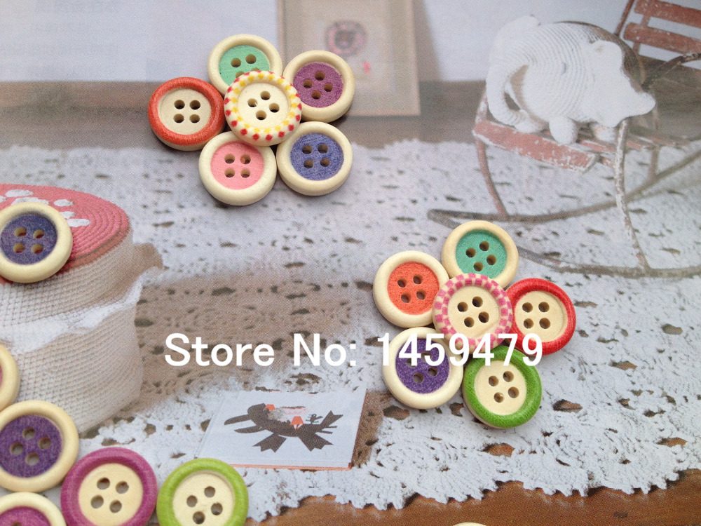 Free Shipping 60Pcs 15mm Random Mixed Hand Made 4 Holes Sewing Wood Buttons Lovely Multicolor Printing Design DIY Buttons