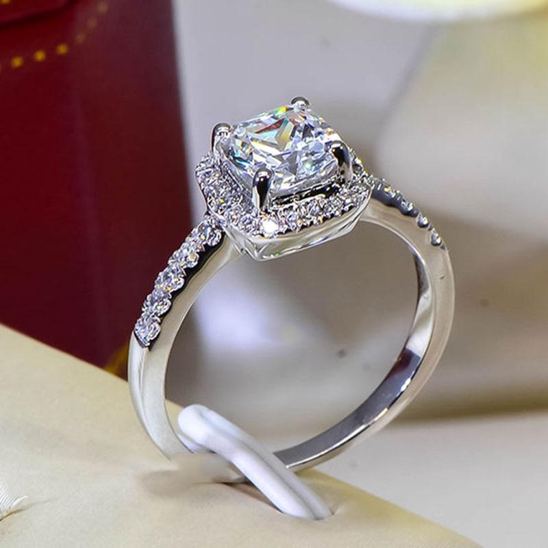 Cushion 2 Carat Imitation Diamonds Engagement Ring Princess Cut Halo Wedding Rings Women Aaa
