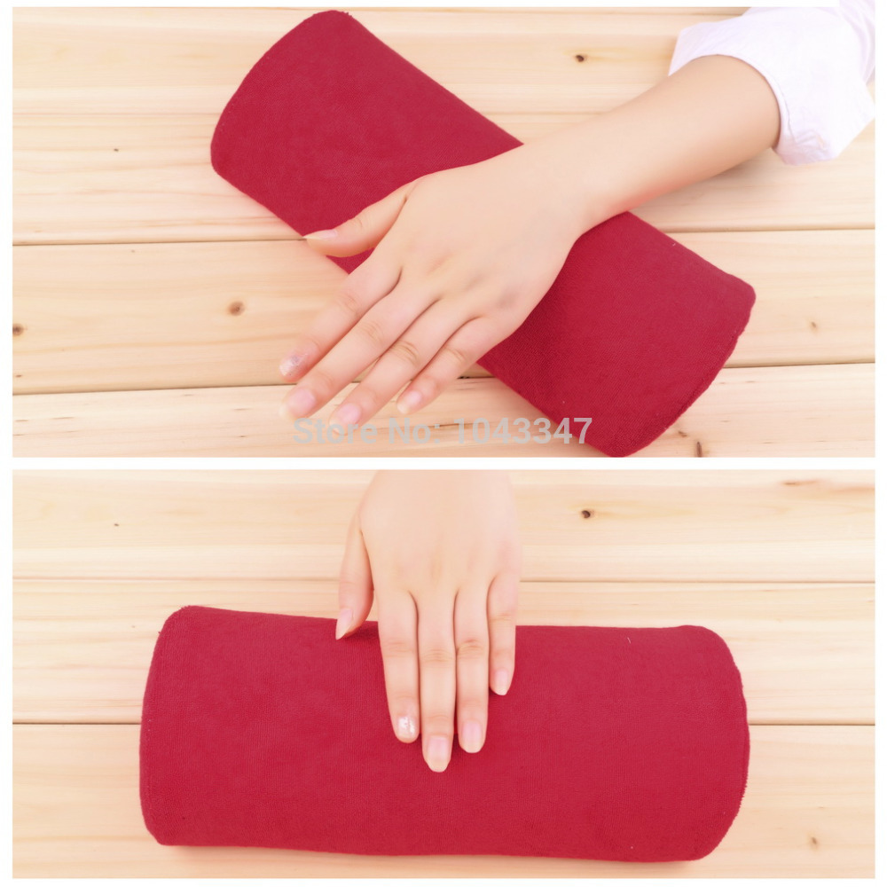 1pc New Soft red Nail Art Hand Holder Cushion Pillow Nail Arm Rest Manicure Tools Comfortable Pratical Nail Art Equipment