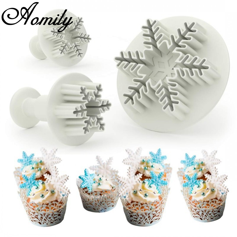 Aomily 3pcs/Set Snowflake Plunger Mold Cake Decorating Tool Biscuit Cookie Cutters Cupcake Mould Fondant Cutting Pastry Cutter