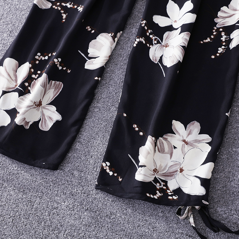 2019 Summer Floral Print Strapless Soft Women Rompers High Waist Side Slit Stretchy Cuff Women Casual Beach Jumpsuits 24
