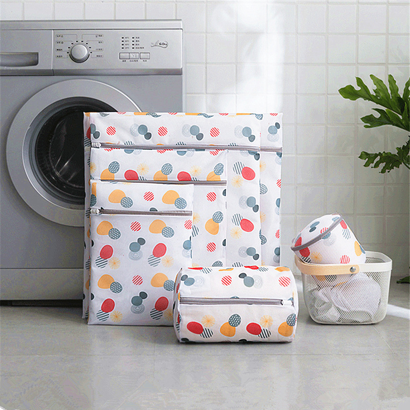 1 Set Clothes Laundry Bags Washing Machine Mesh Net Wash Bag Underwear Organizer Pouch For Ladies Traveling Storage Washing Bags