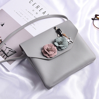 The New Spring And Summer 2017 Fan Art Female Satchel Envelopes Three Dimensional Flower Small Fresh