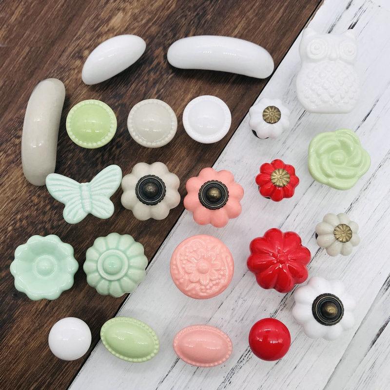 1 Stücke Kreative Entwickelt Keramik Schrank Schrank Tür Knöpfe Schublade Zieht Küche Pull Knob Möbel Hardware Rosa Rot Weiß Knob Knitterfestigkeit